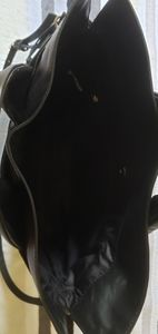 Black vince camuto hand bag